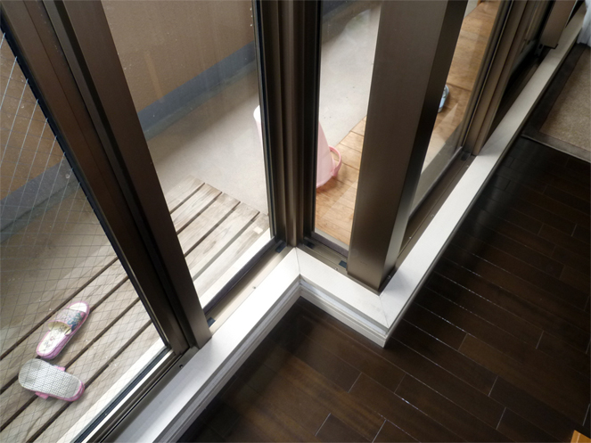 サン・ウインド内窓(インプラス)導入事例:大阪市城東区下枠補強施工後