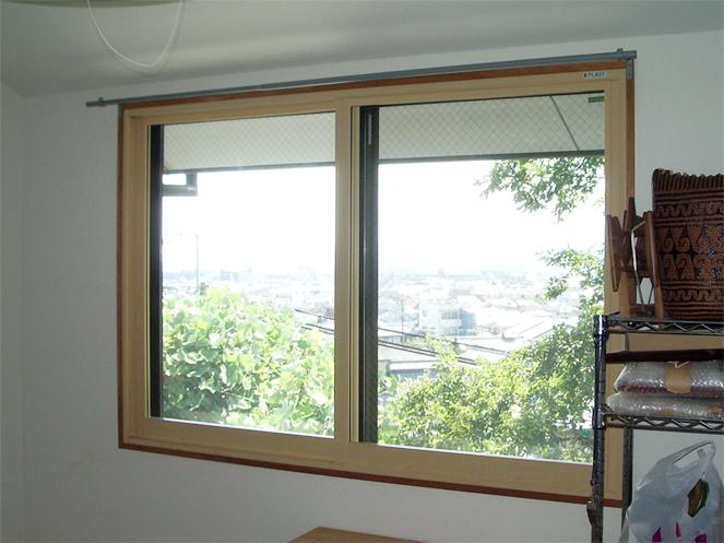 サン・ウインド内窓プラスト施工事例2階洋室Aアフター