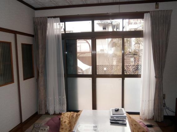 サン・ウインド導入事例:八幡市N様邸 洋室リビング 真空ガラススペーシア施工後