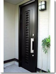 玄関ドア 単体リフォルテ RG-60型採風タイプの導入事例…K市 I様邸