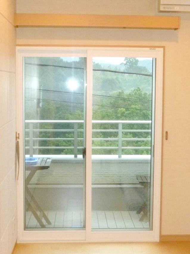 内窓プラスト&防音合わせガラス施工後-1