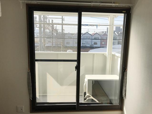 02施工前の掃き出し窓