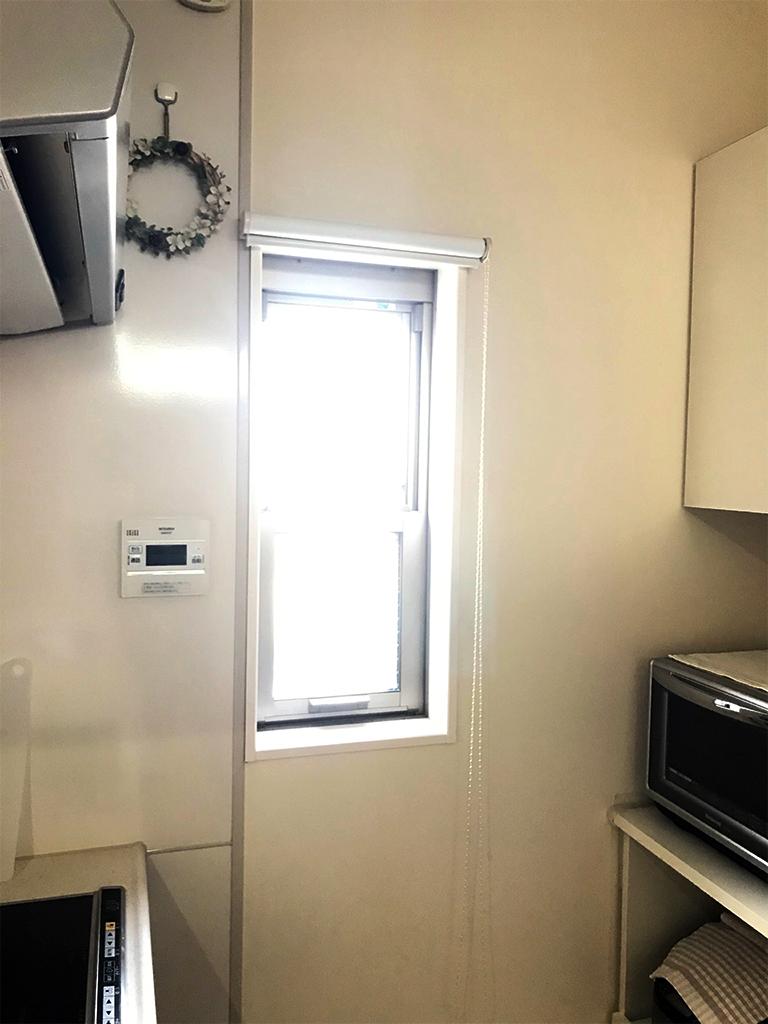 施工前の既存窓(1Fキッチン)