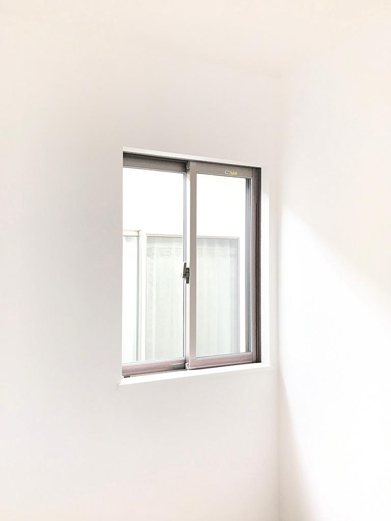 施工前の既存窓(小窓)